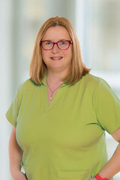 Das Bild zeigt Mitarbeiter Anke Leitgeb